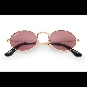 Oval Ray Ban sunglasses by Peggy Gou